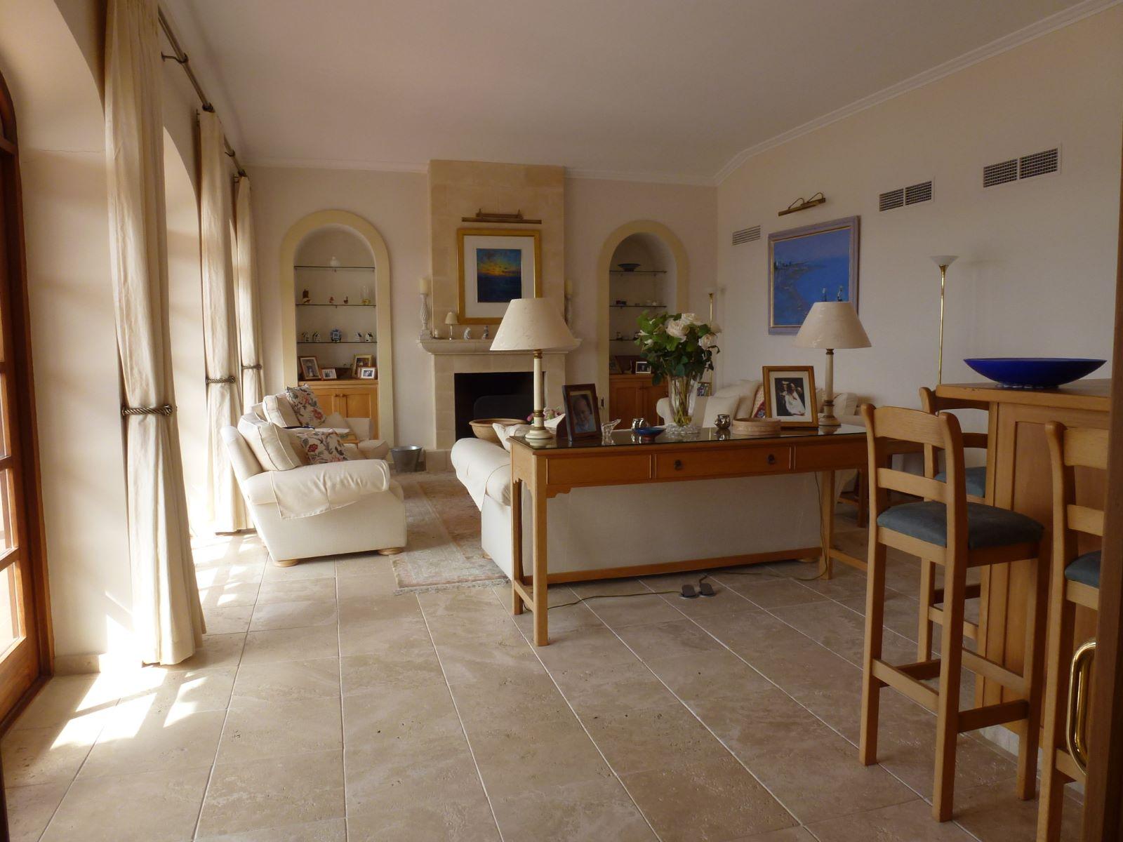 Villa in Cala Llonga Ref: HV2071 9