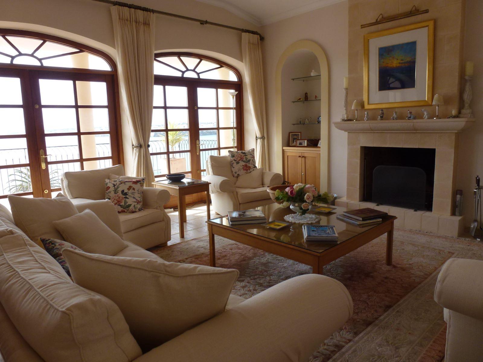 Villa in Cala Llonga Ref: HV2071 15