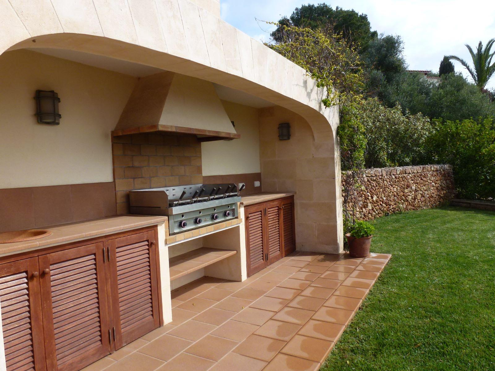 Villa in Cala Llonga Ref: HV2071 24
