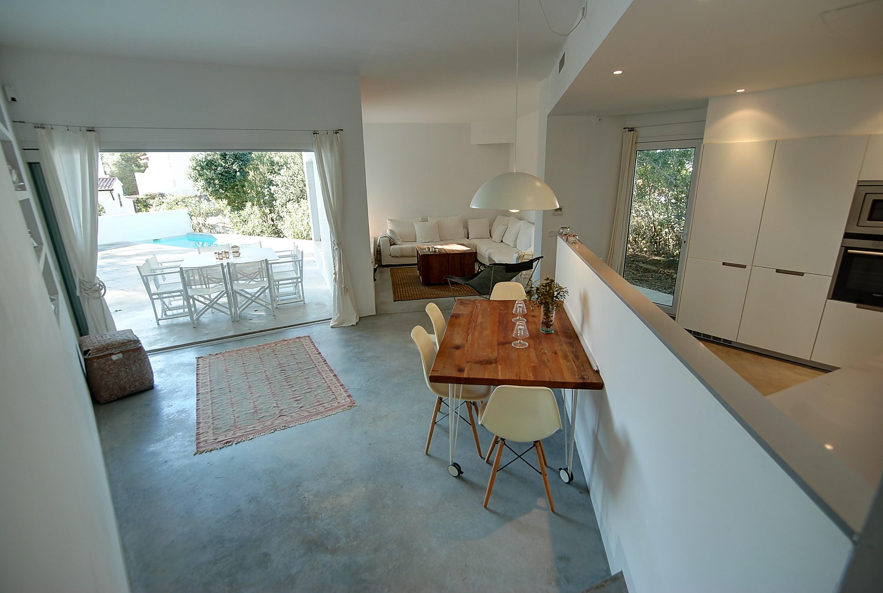 Villa in Addaia Ref: H2667 12