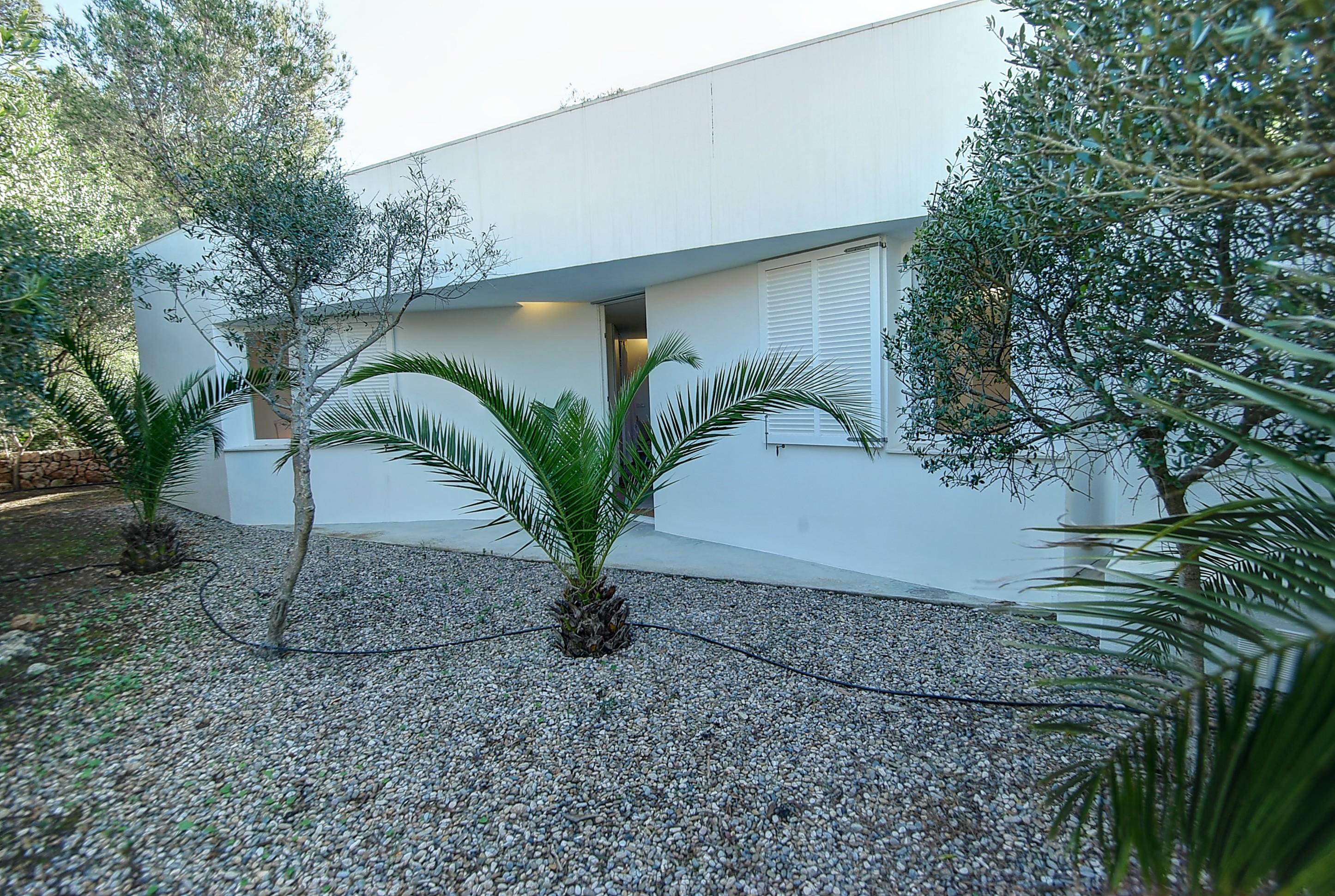 Villa in Addaia Ref: H2667 26