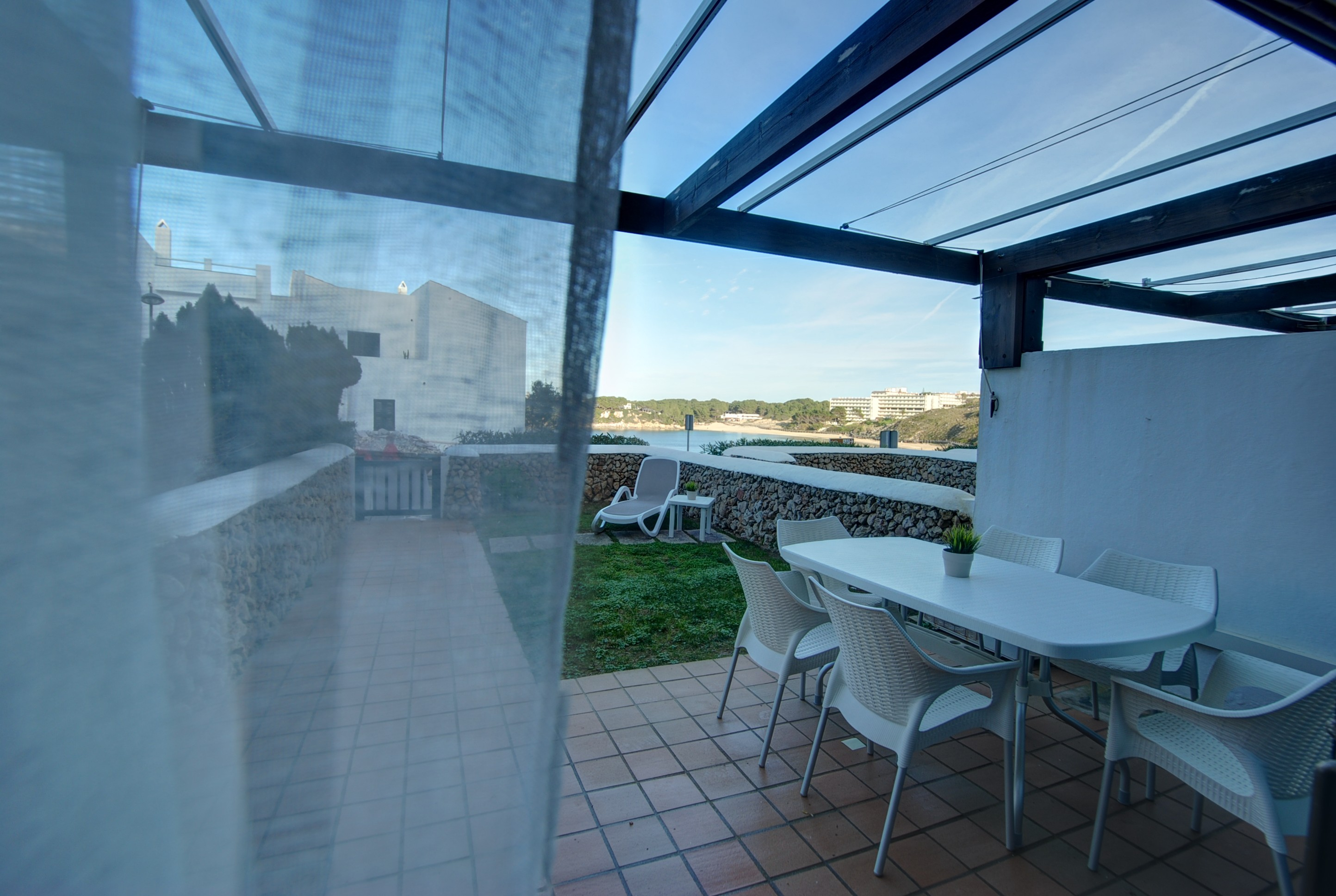 Apartment in Arenal d'en Castell Ref: H2692 14