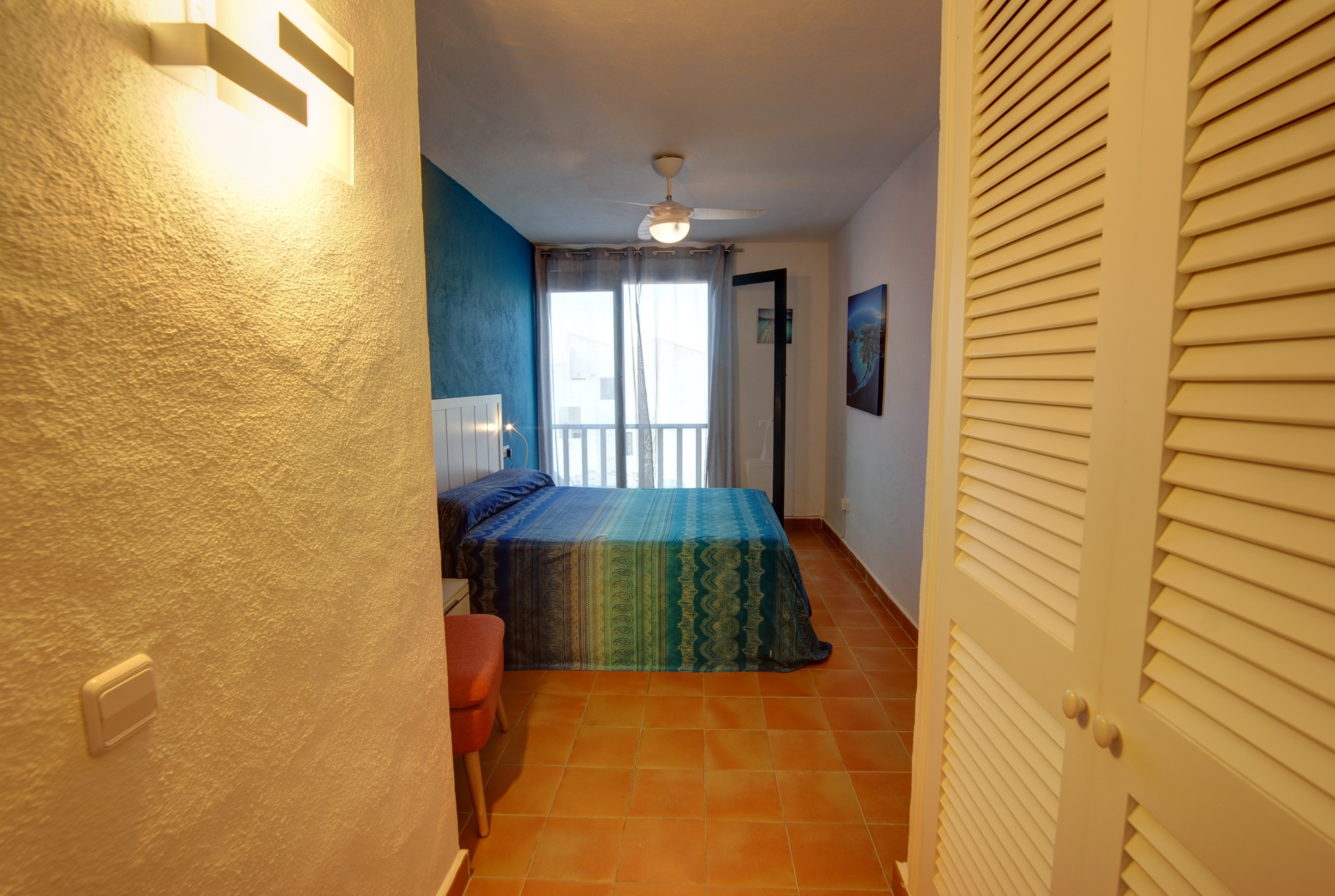 Apartment in Arenal d'en Castell Ref: H2692 8