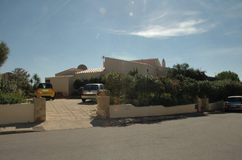 Villa in Cala Llonga Ref: H2088 13