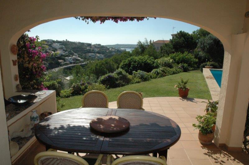Villa in Cala Llonga Ref: H2088 18