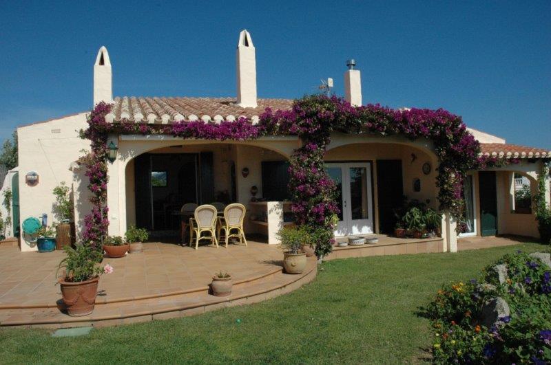 Villa in Cala Llonga Ref: H2088 26