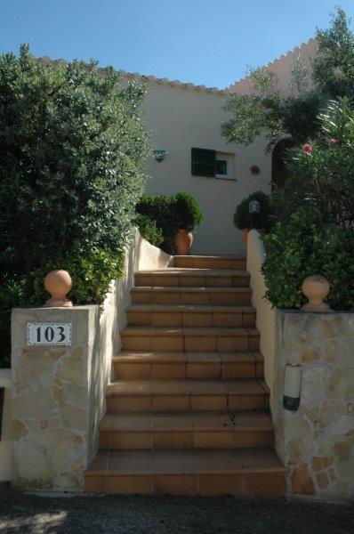 Villa in Cala Llonga Ref: H2088 29
