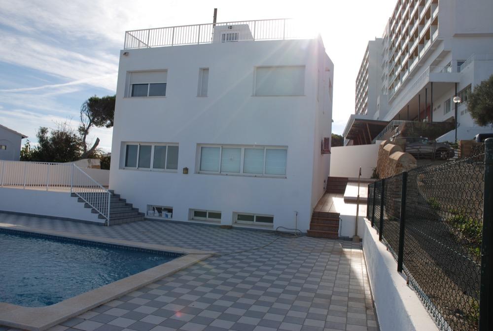 Villa in Arenal d'en Castell Ref: H2091 10