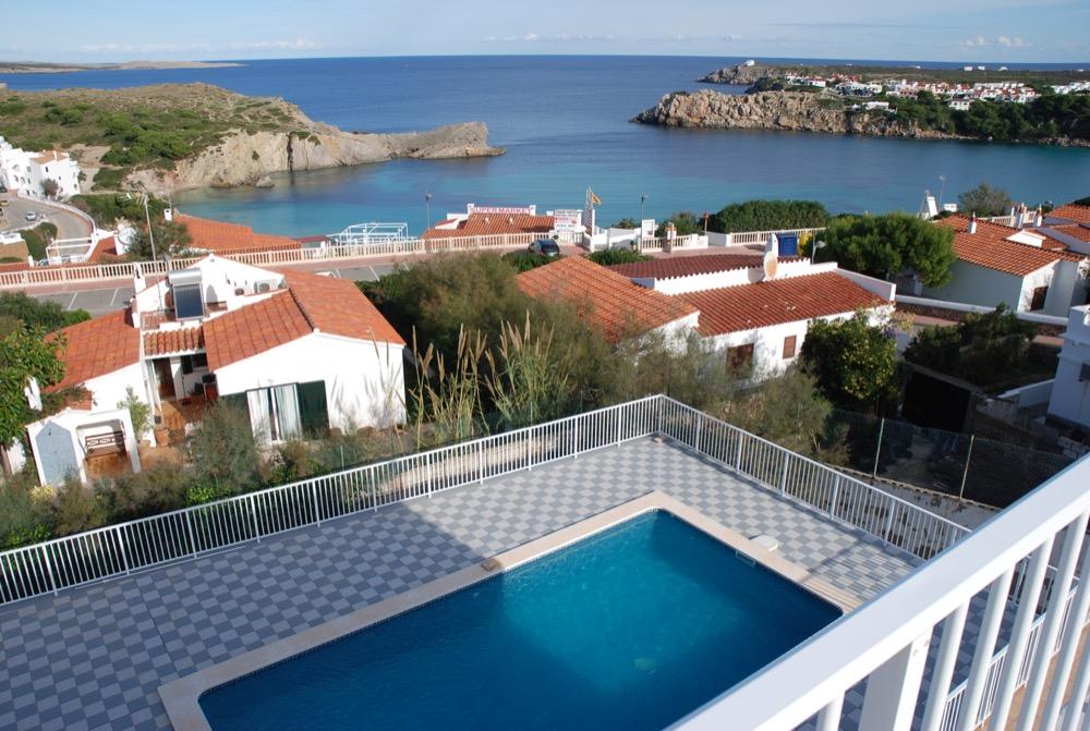 Villa in Arenal d'en Castell Ref: H2091 25