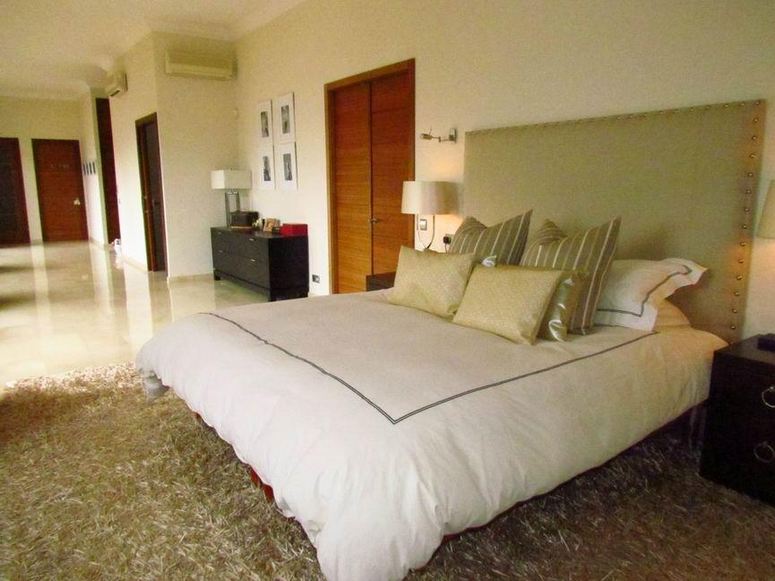 Villa in Cala Llonga Ref: H2201 6