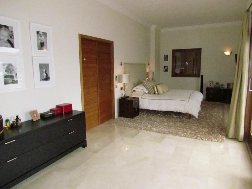 Villa in Cala Llonga Ref: H2201 7