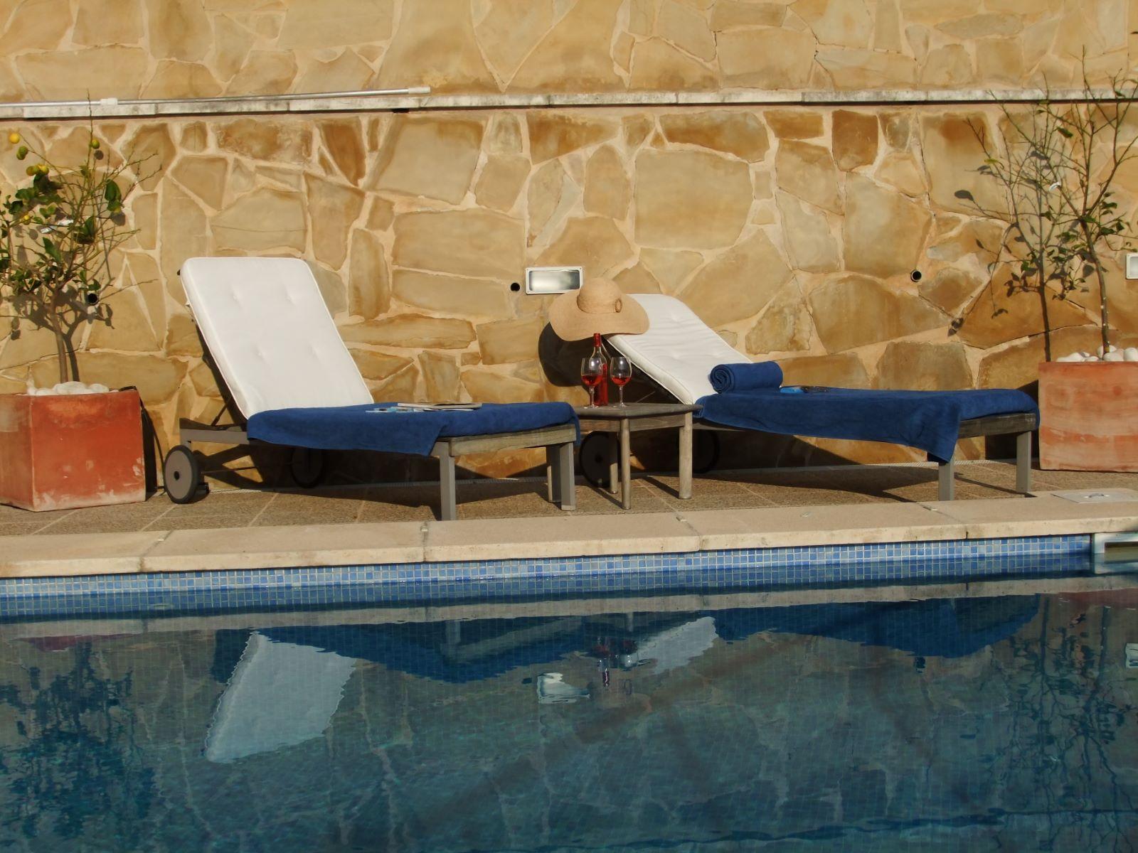 Villa in Cala Llonga Ref: H2201 16