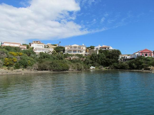 Villa in Cala Llonga Ref: H2201 28
