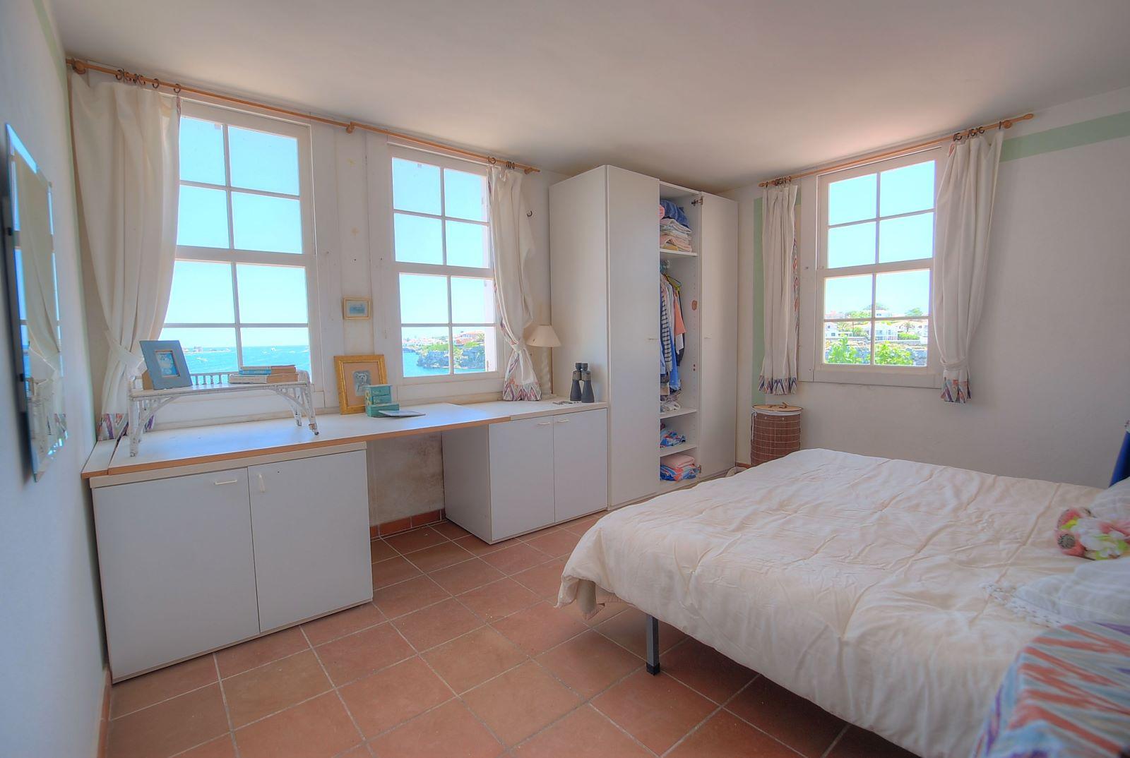 House in Es Castell Ref: H2238 7