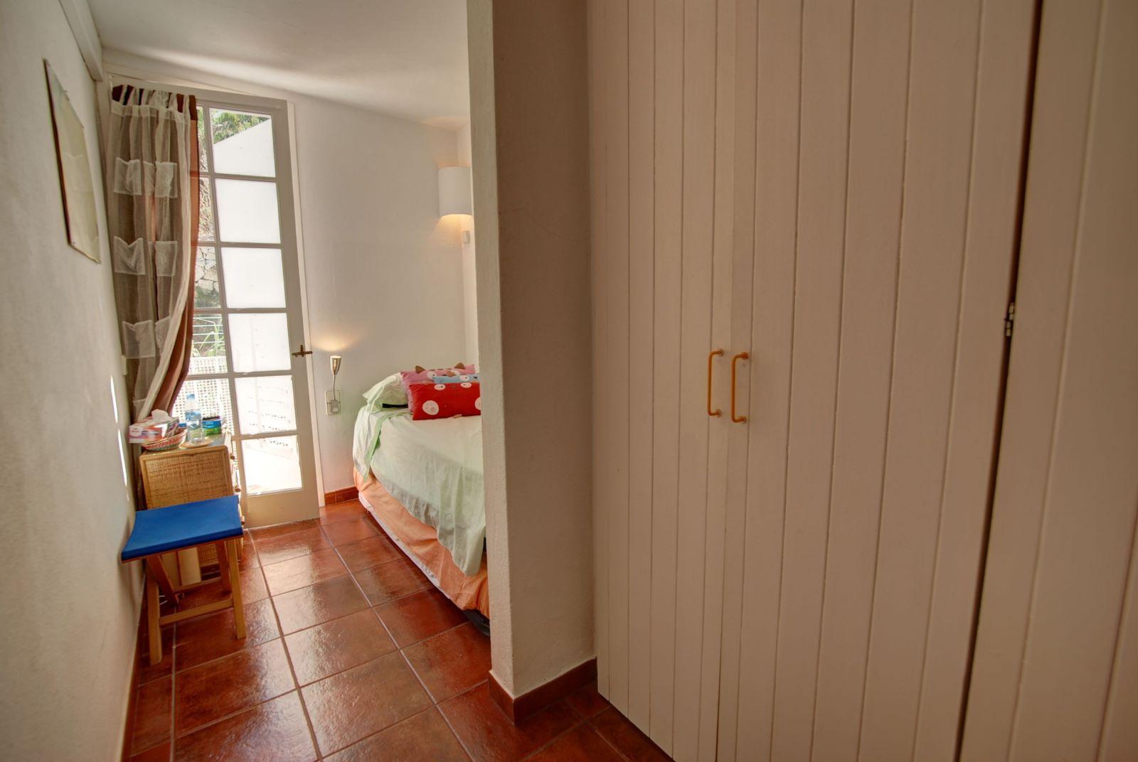 Apartment in Mahón Ref: H2252 11