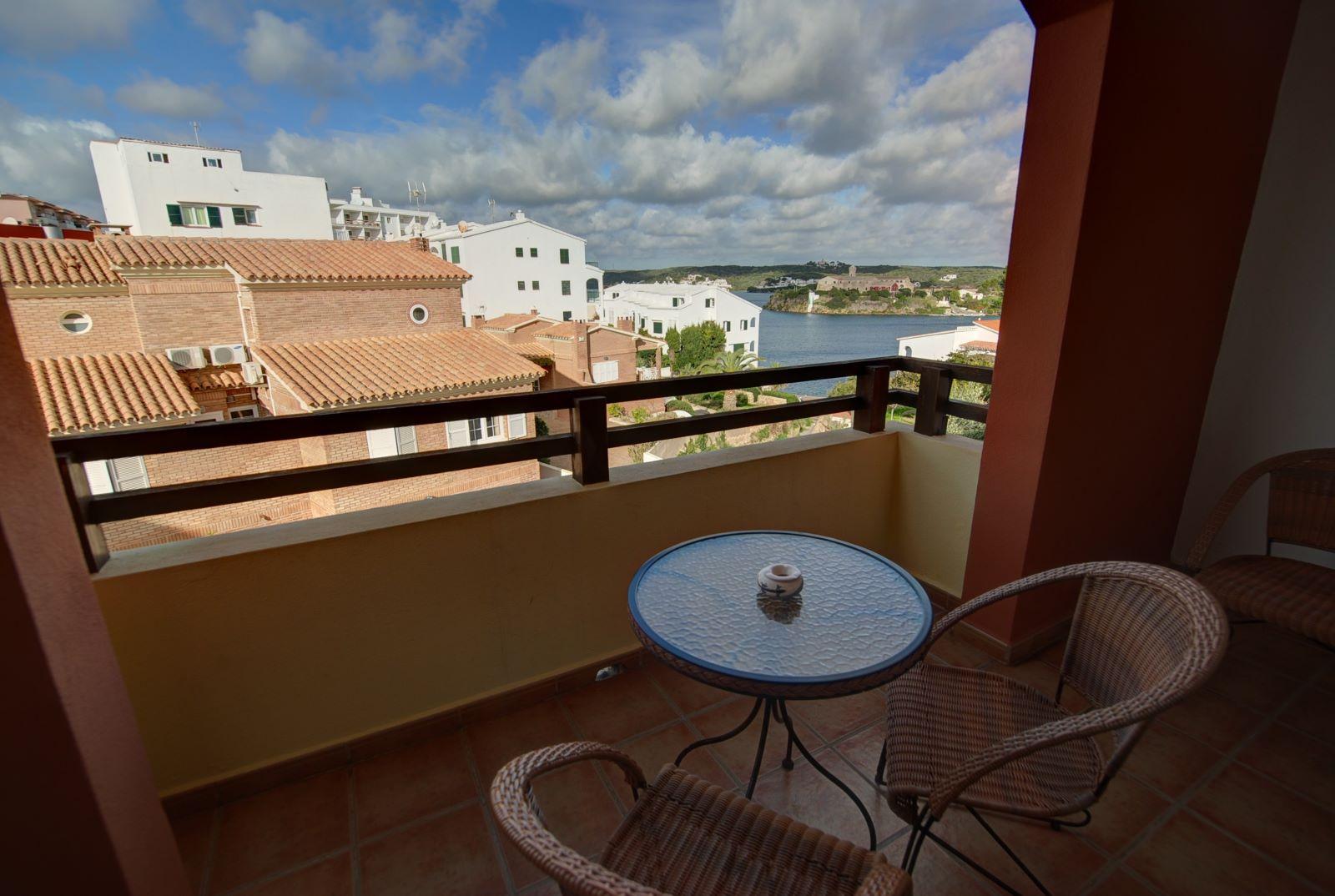 Wohnung in Es Castell Ref: H2288 1