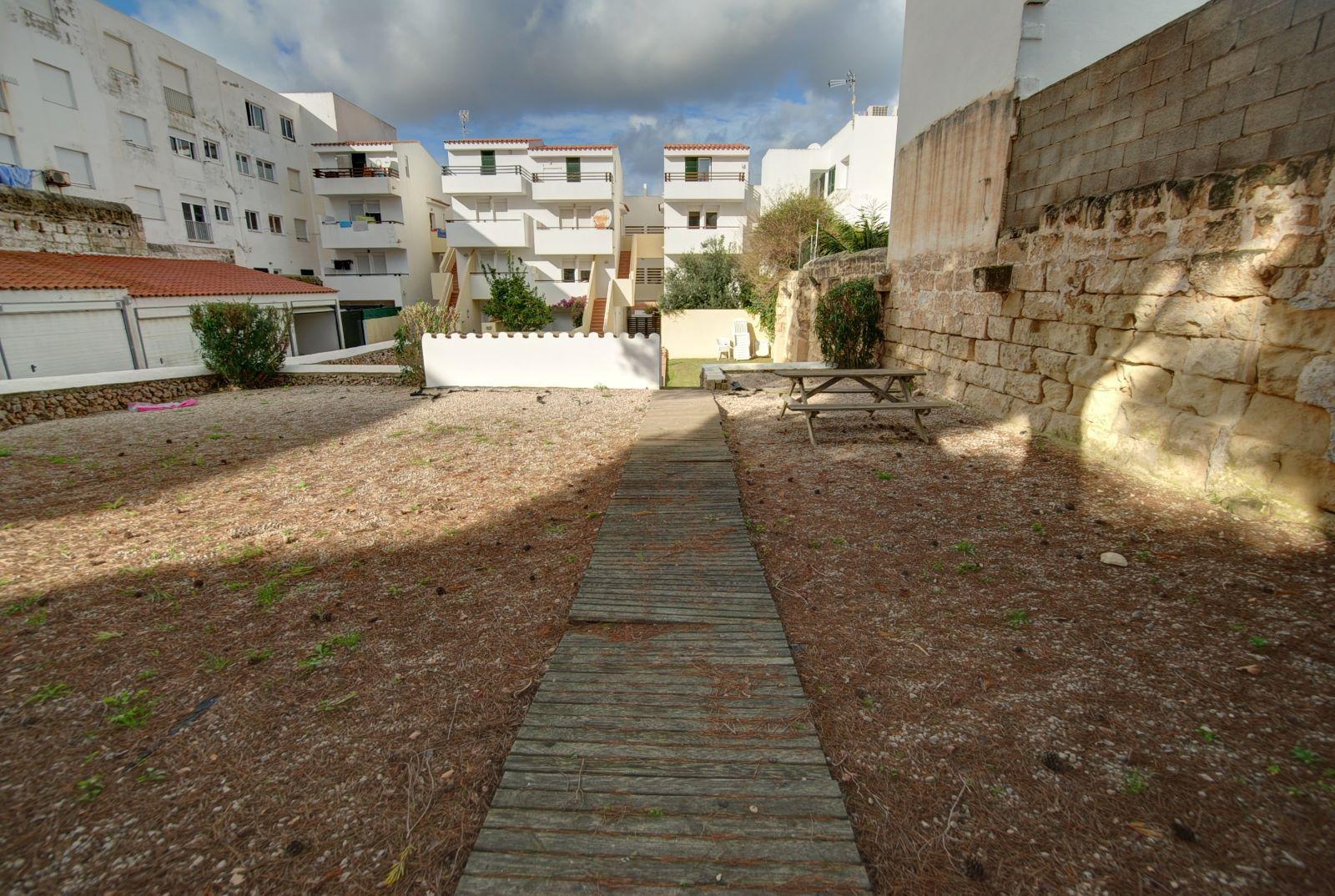 Wohnung in Es Castell Ref: H2288 19