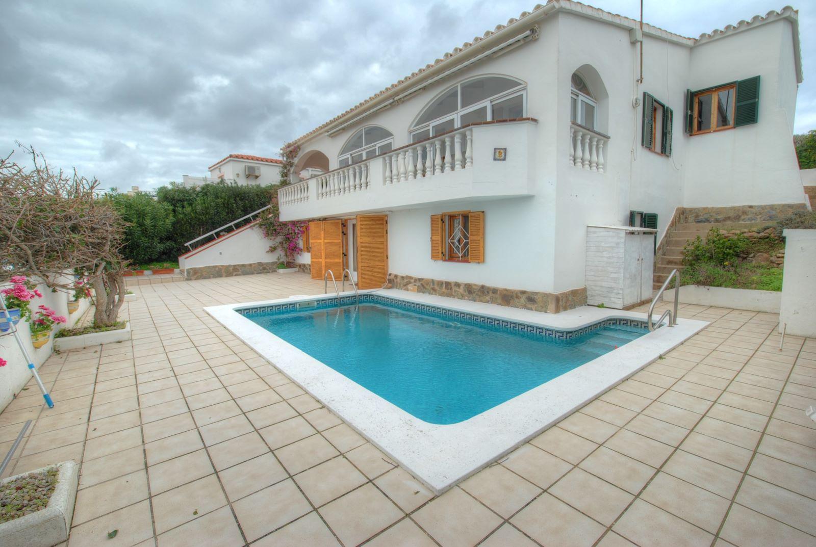 Villa in Cala Llonga Ref: H2309 3
