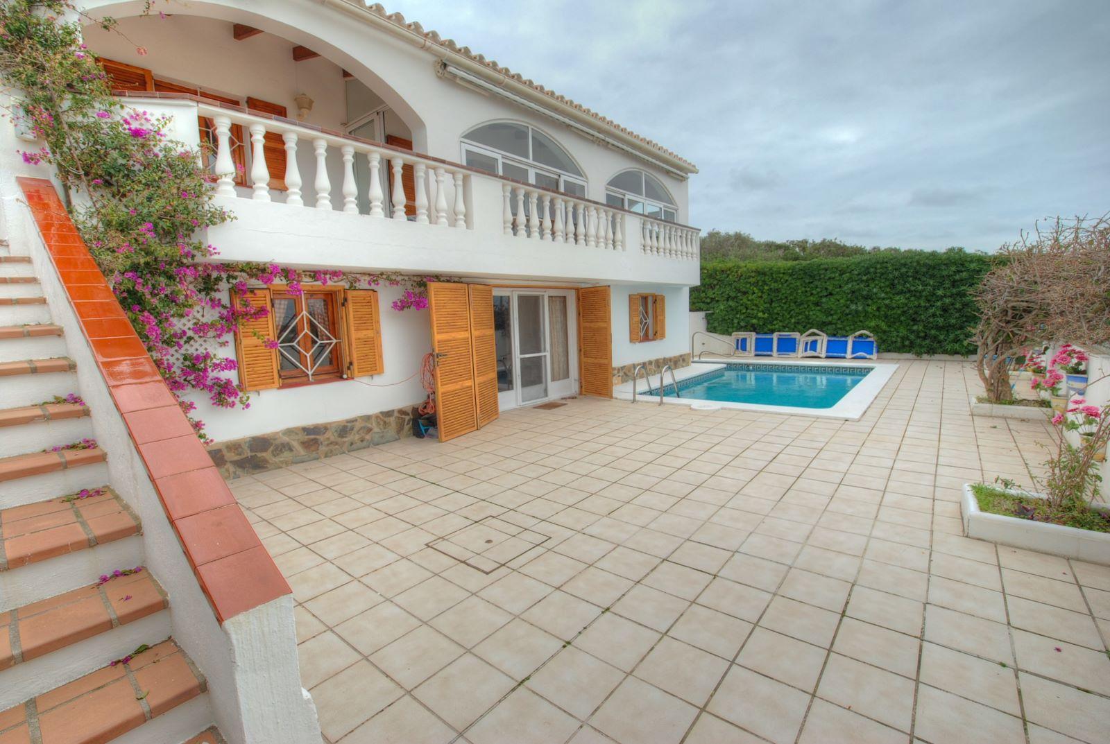 Villa in Cala Llonga Ref: H2309 4