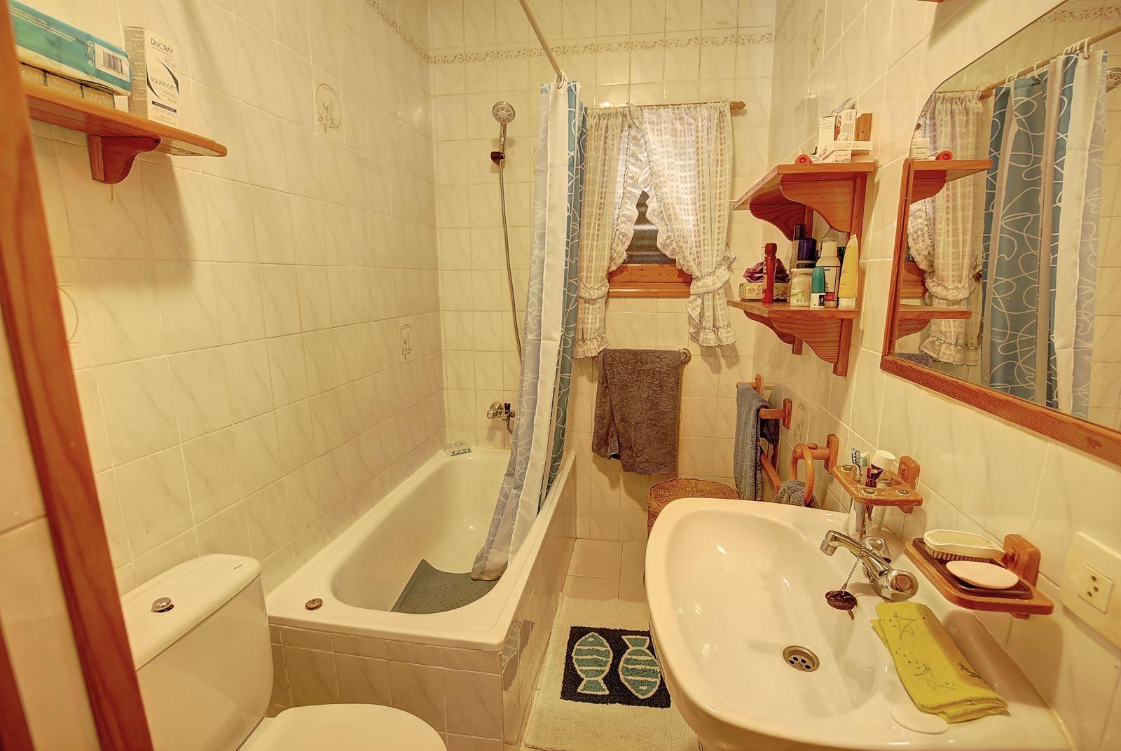 Villa in Cala Llonga Ref: H2309 16