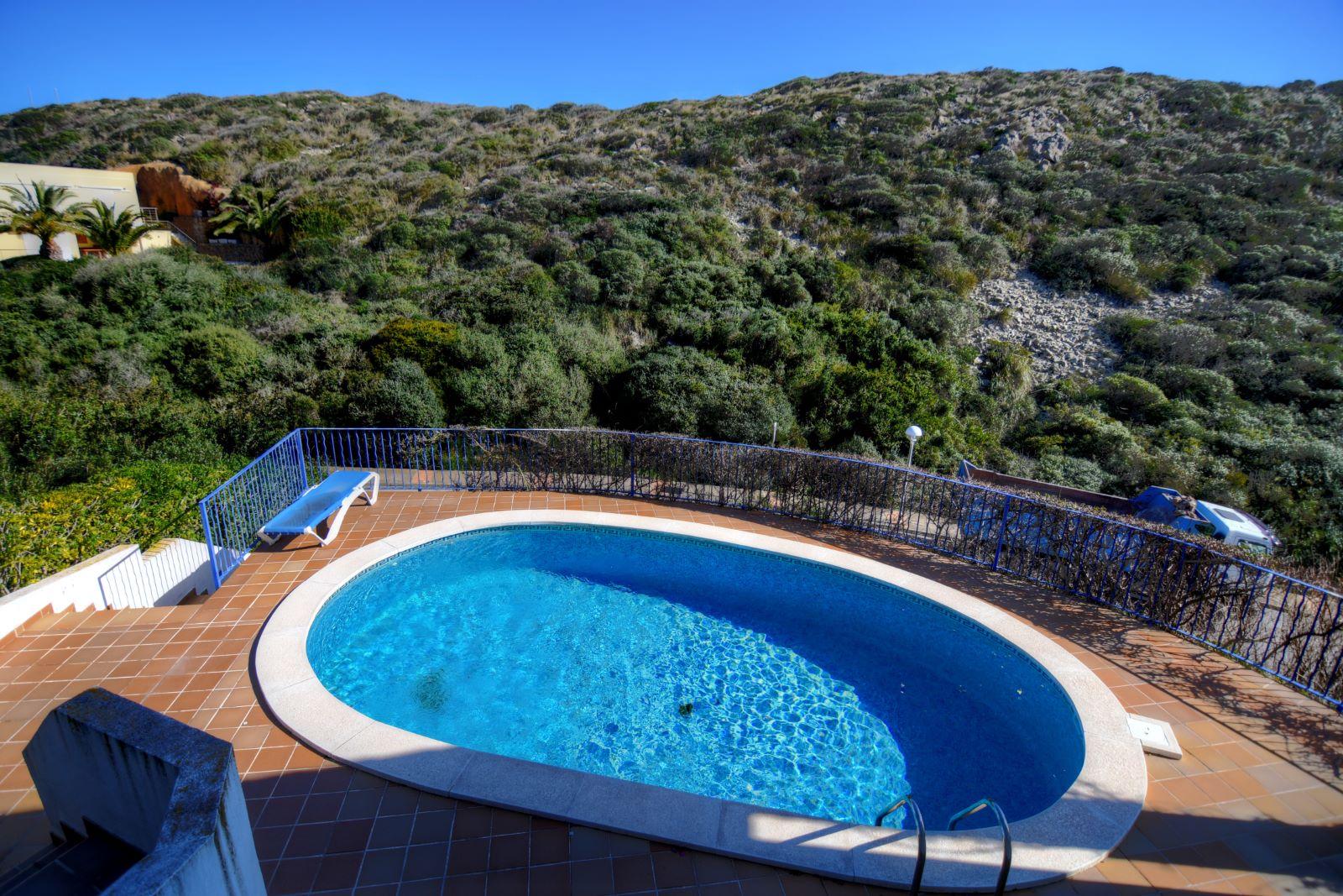 Villa in Cala Llonga Ref: H2311 1