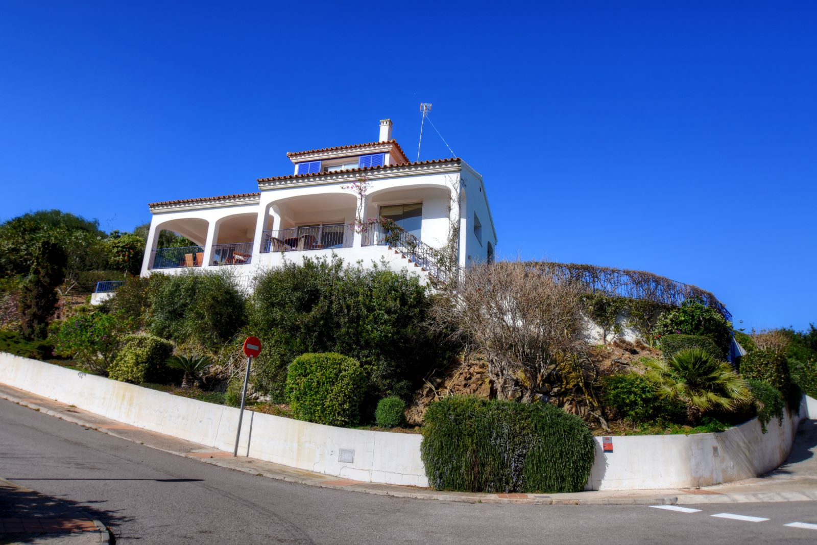 Villa in Cala Llonga Ref: H2311 3