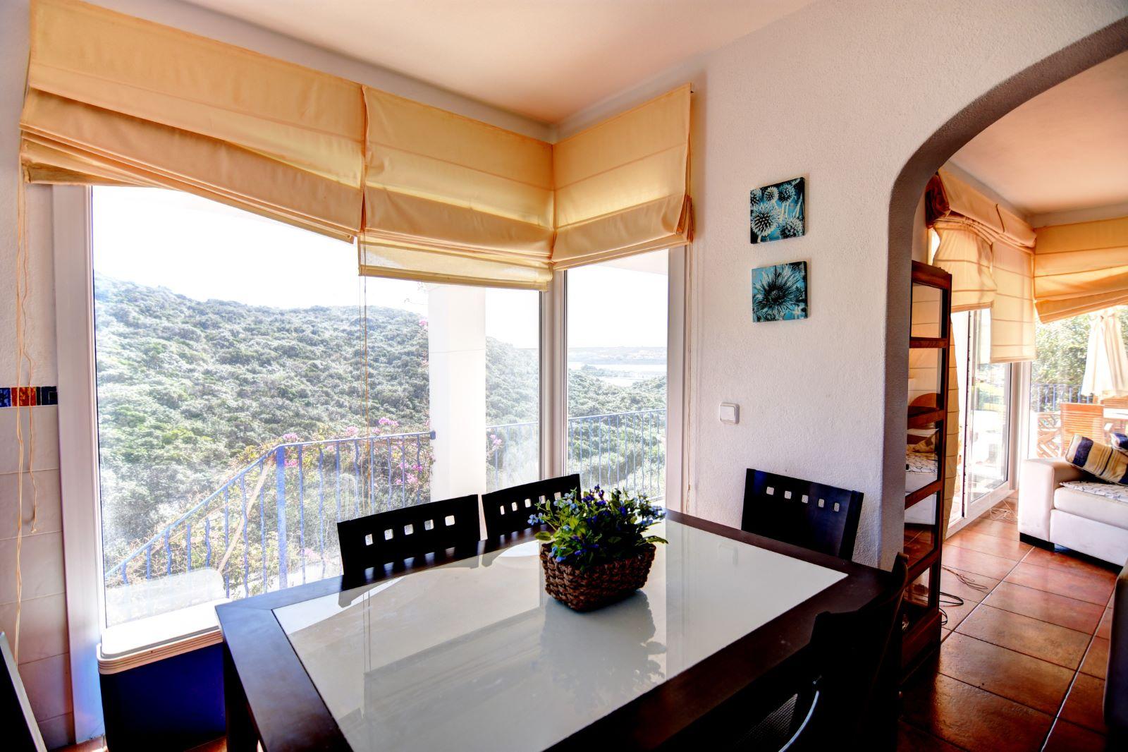 Villa in Cala Llonga Ref: H2311 9