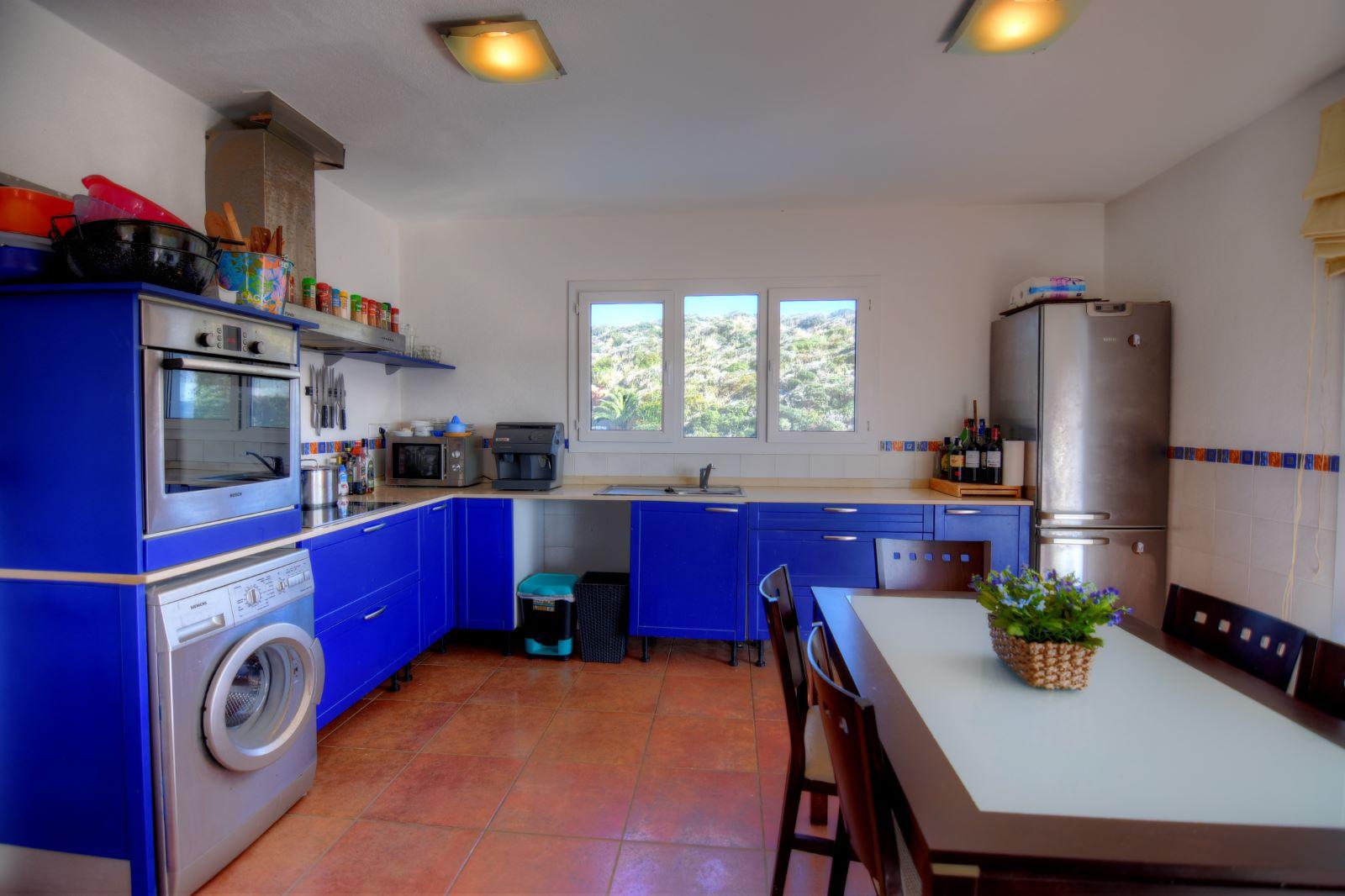 Villa in Cala Llonga Ref: H2311 10