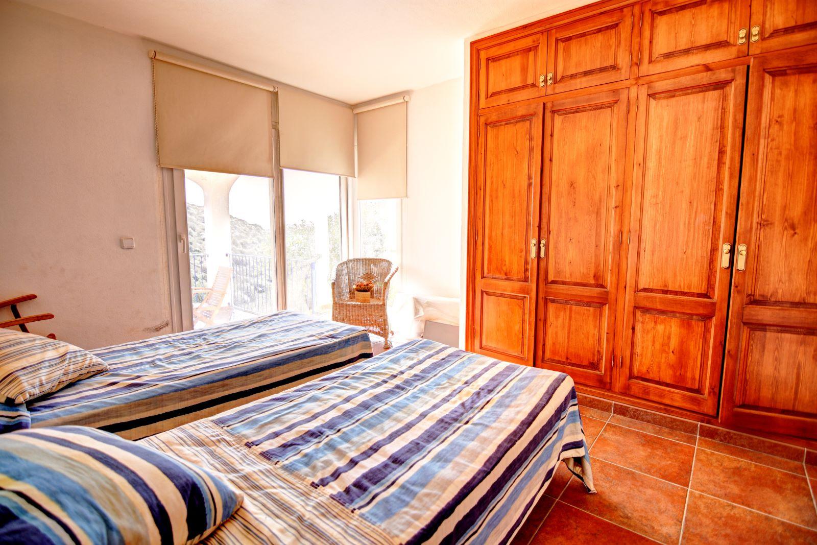 Villa in Cala Llonga Ref: H2311 17