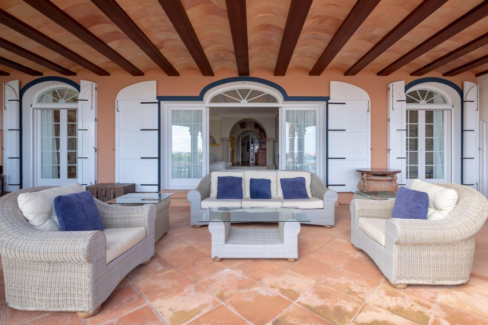 Villa in Cala Llonga Ref: H2334 10