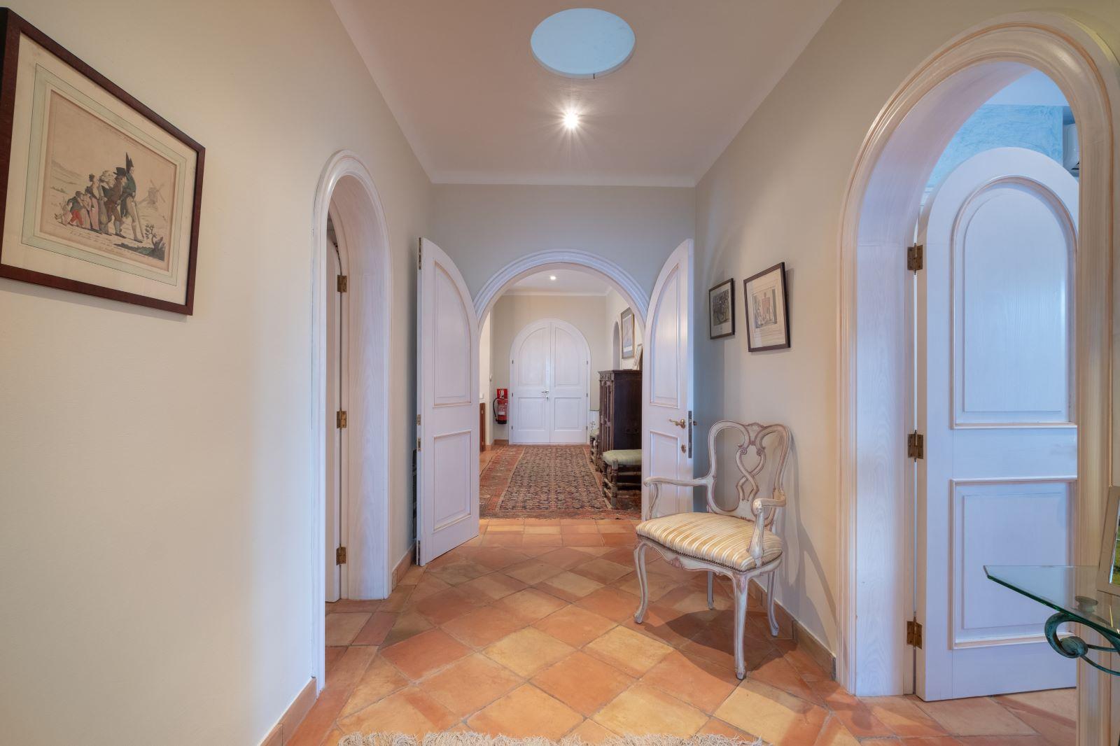 Villa in Cala Llonga Ref: H2334 27