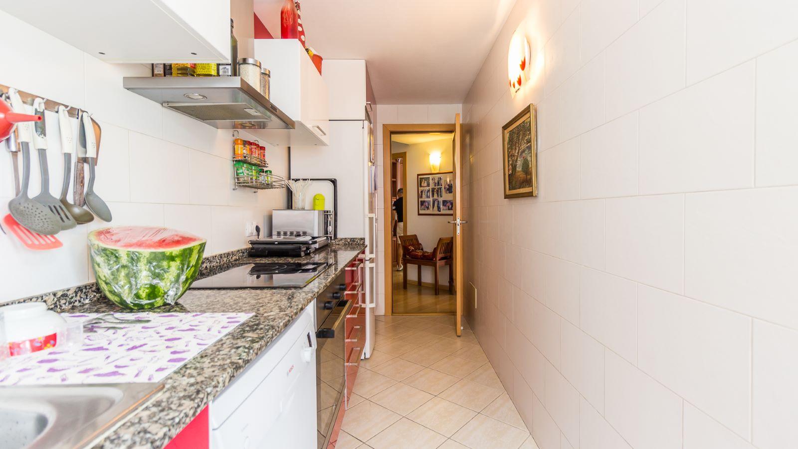 Flat in Zona Vives Llull Ref: HM2359 5