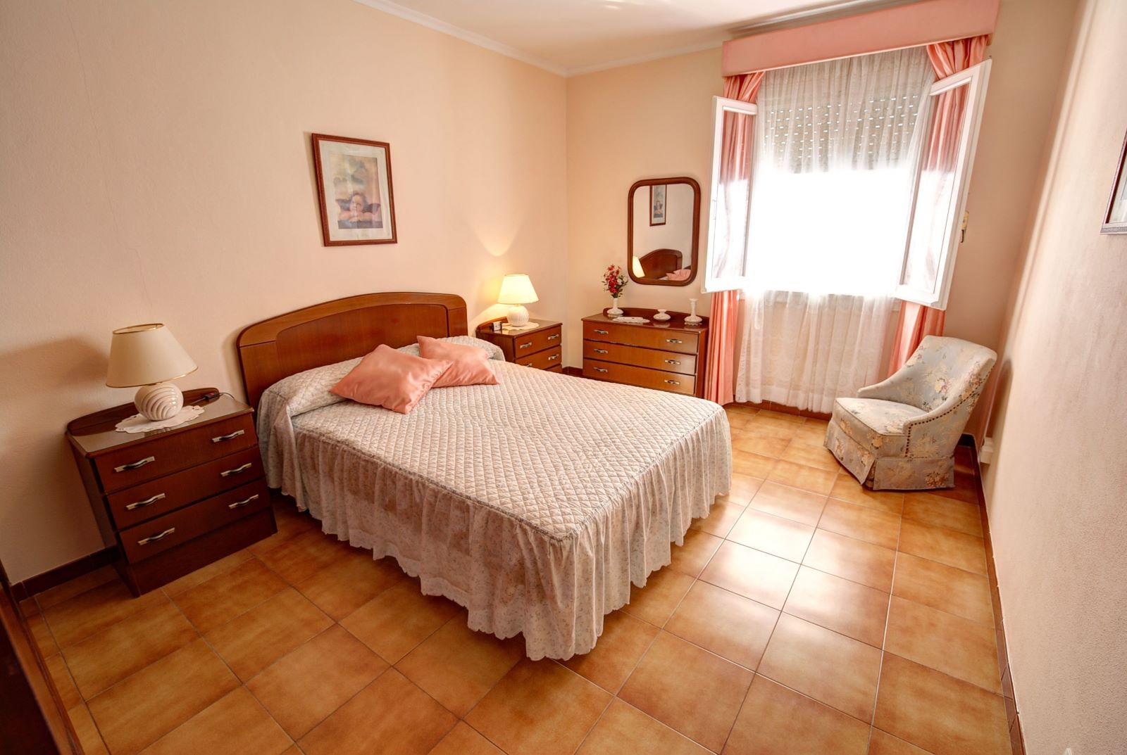Wohnung in Es Castell Ref: H2380 5