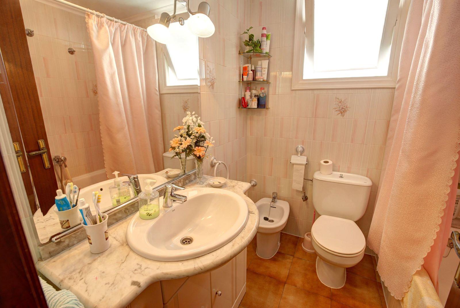 Wohnung in Es Castell Ref: H2380 8