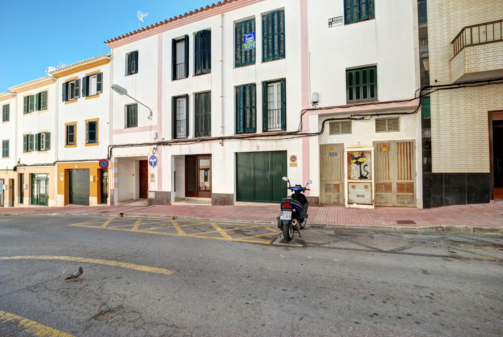 Wohnung in Es Castell Ref: H2380 12