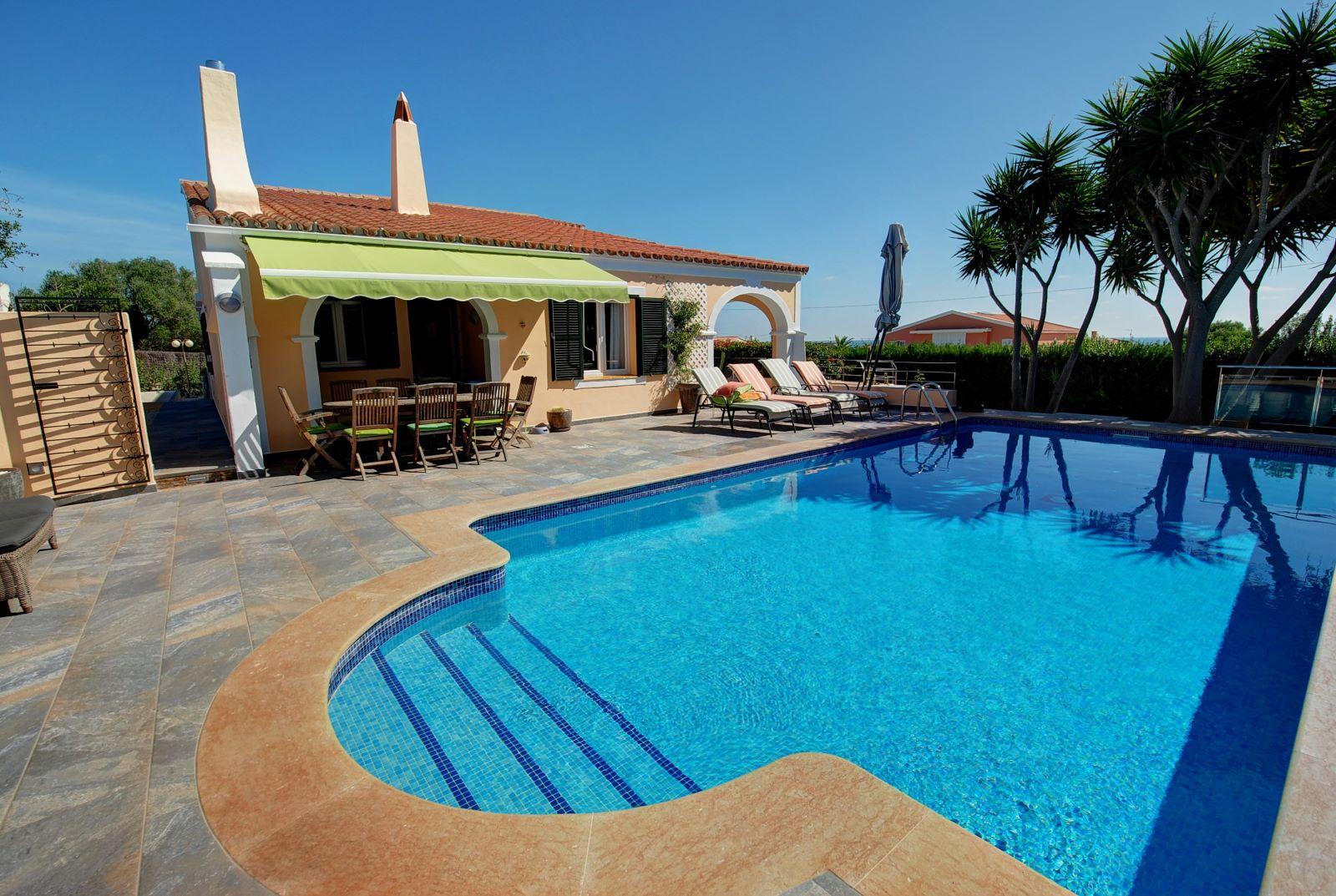 Villa in Punta Prima Ref: H2392 28