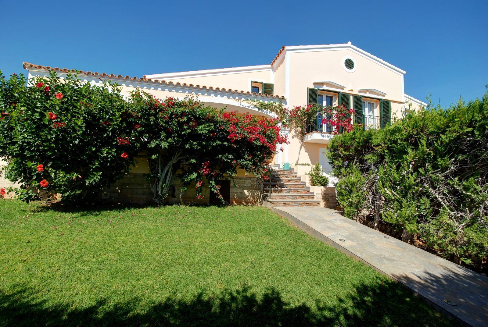 Villa in Punta Prima Ref: H2392 6