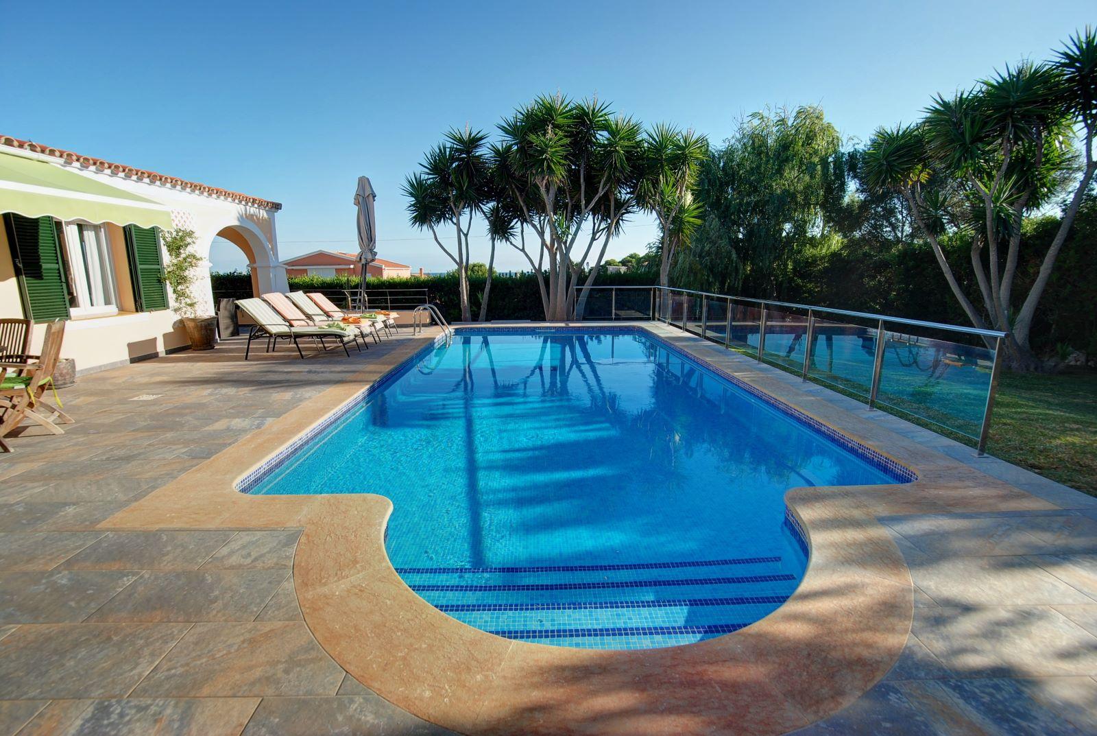 Villa in Punta Prima Ref: H2392 3