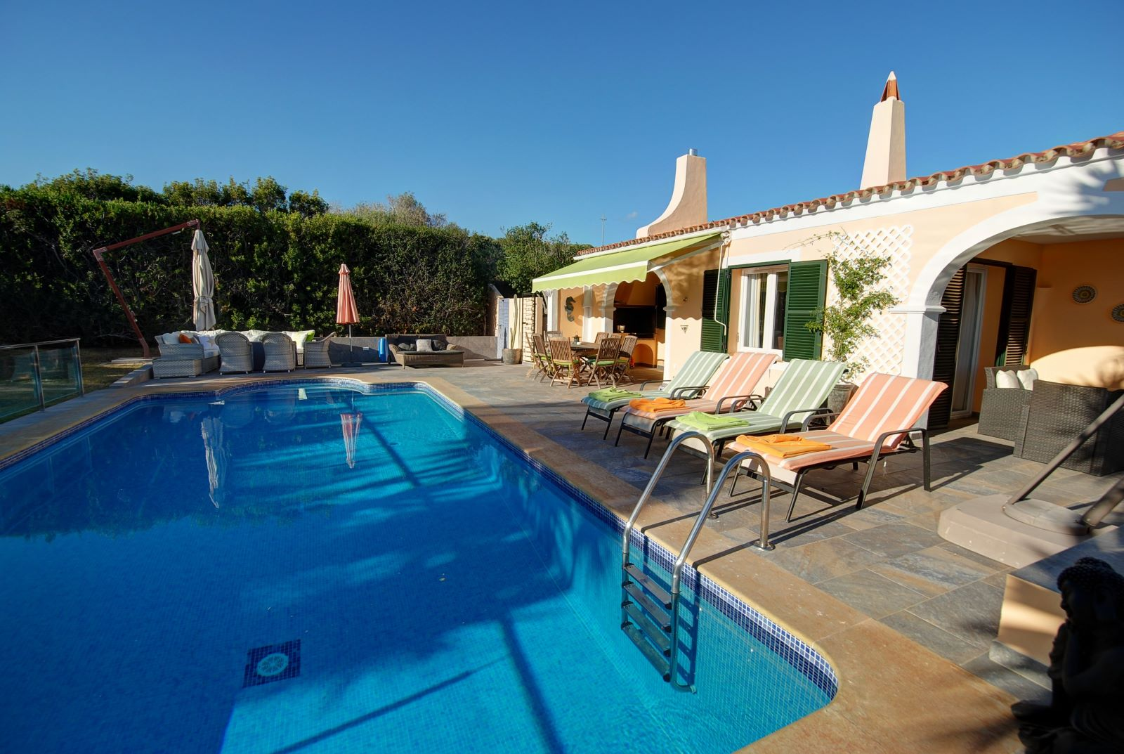 Villa in Punta Prima Ref: H2392 4