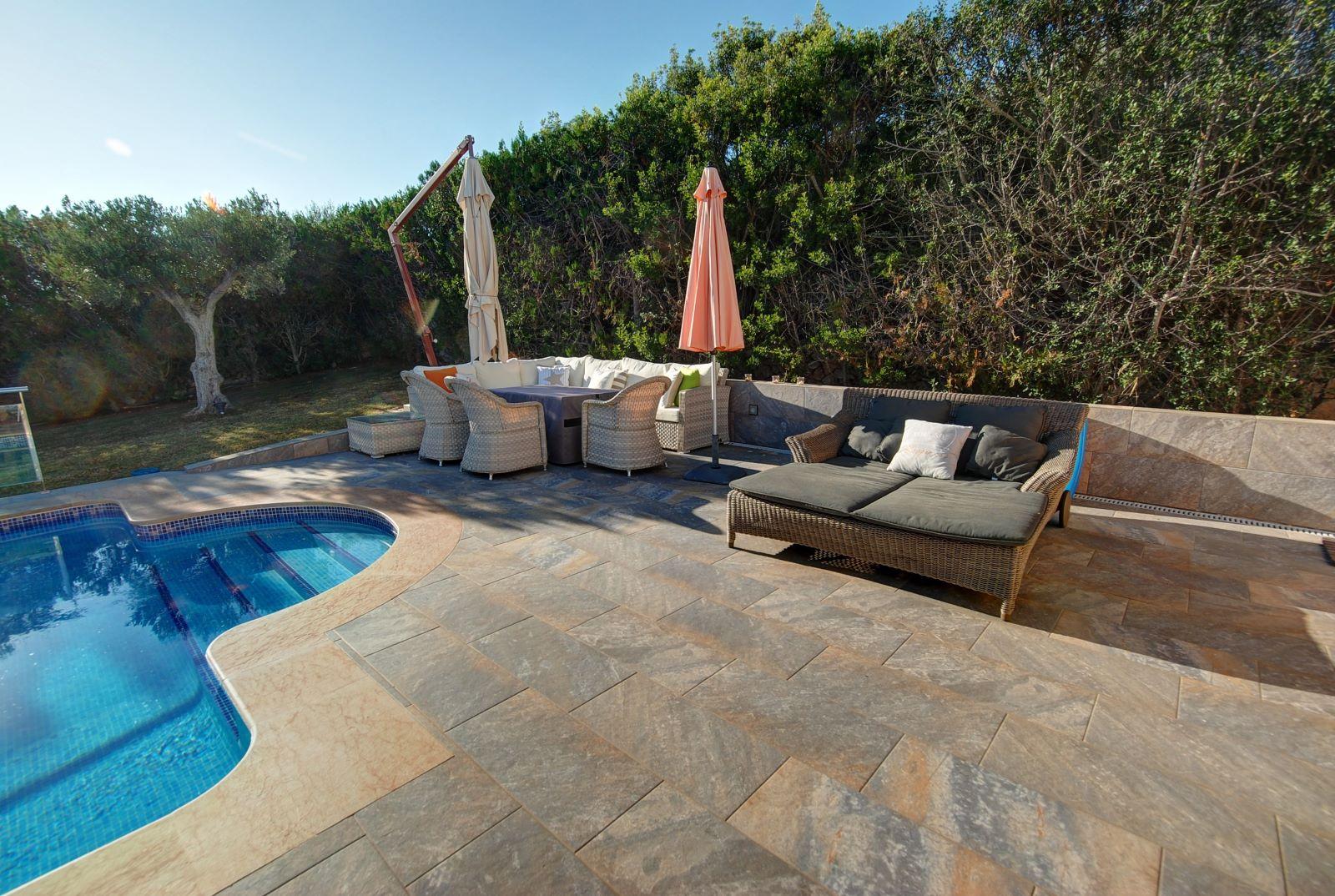Villa in Punta Prima Ref: H2392 22