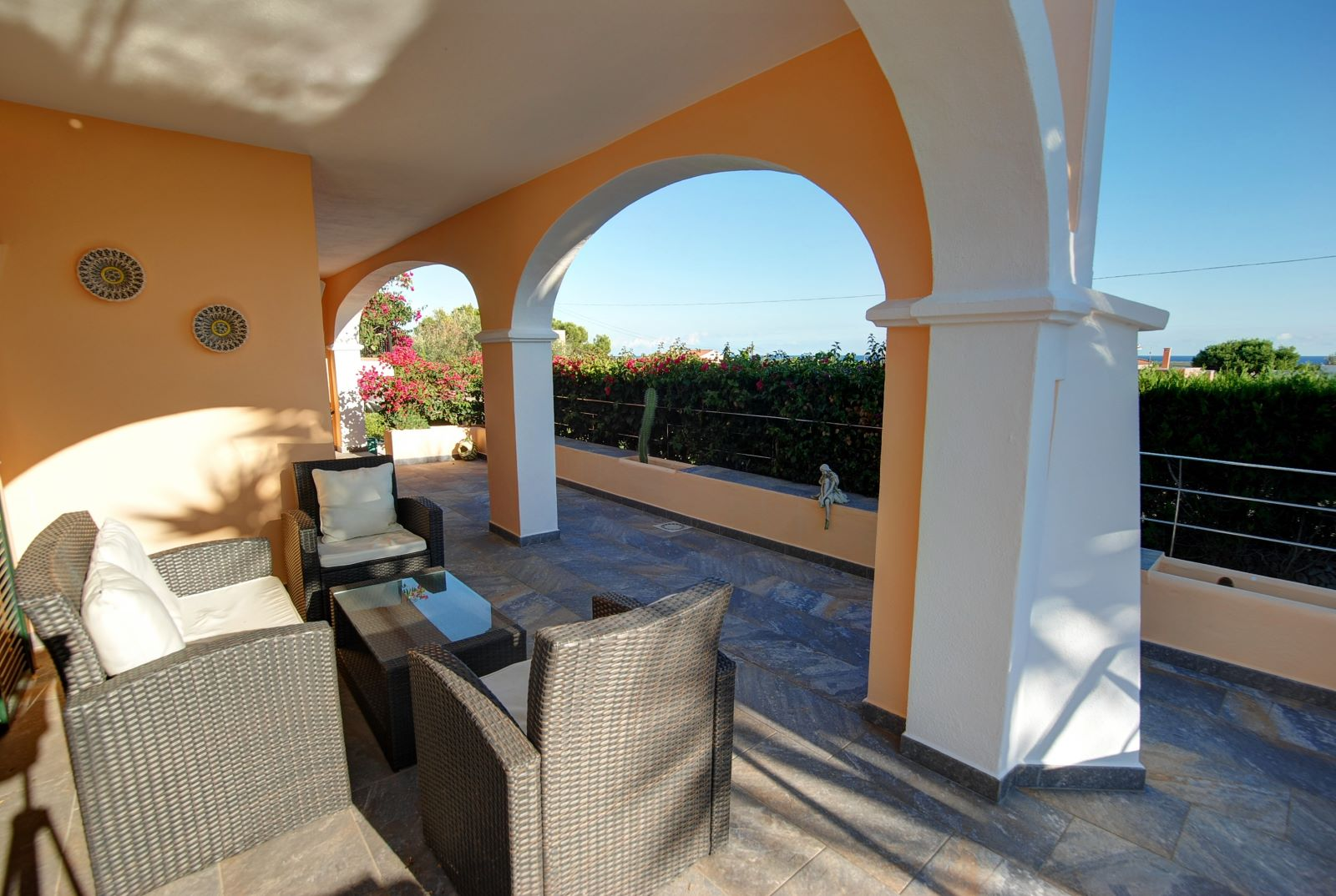 Villa in Punta Prima Ref: H2392 26