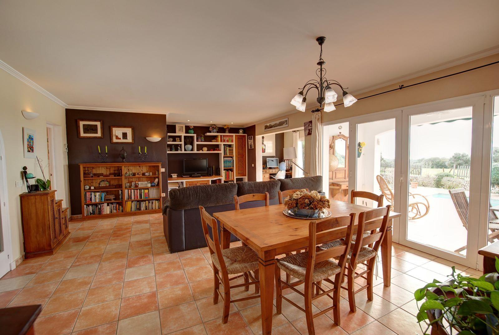 Villa à Binixica Ref: H2422 4
