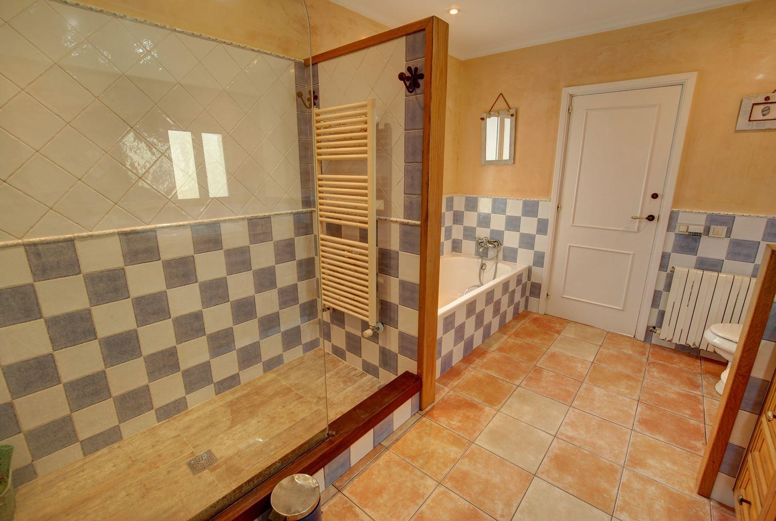 Villa à Binixica Ref: H2422 12