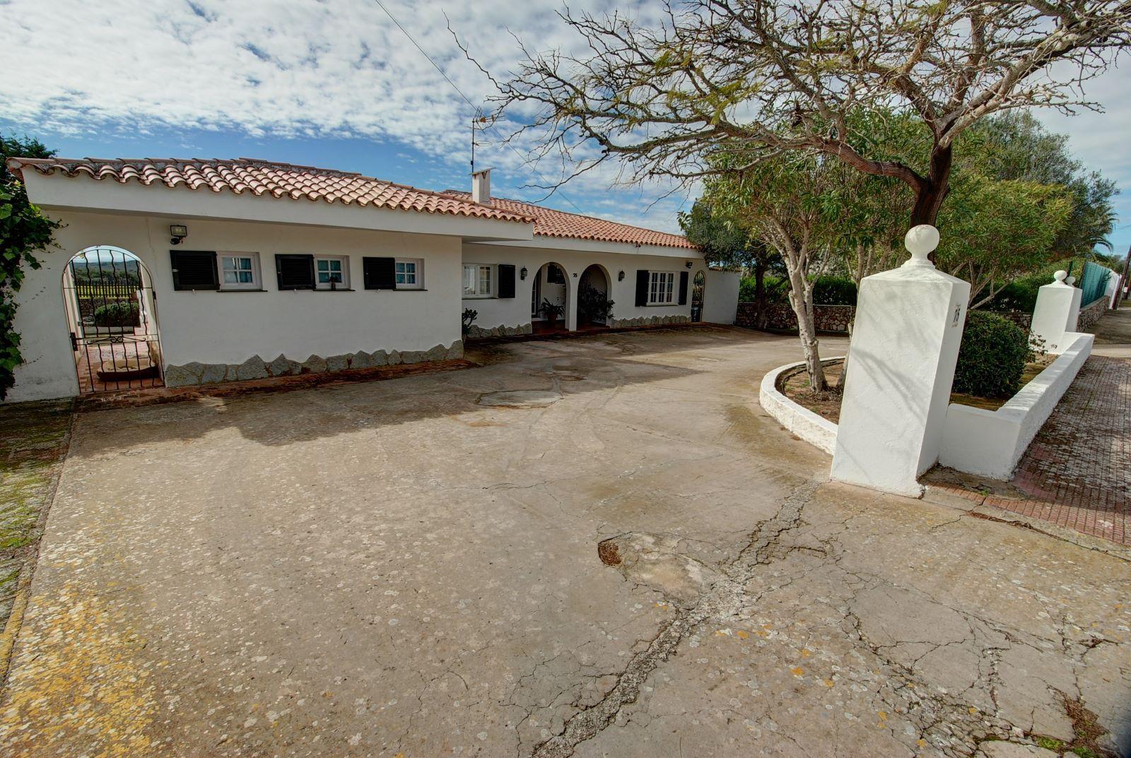 Villa à Binixica Ref: H2422 20