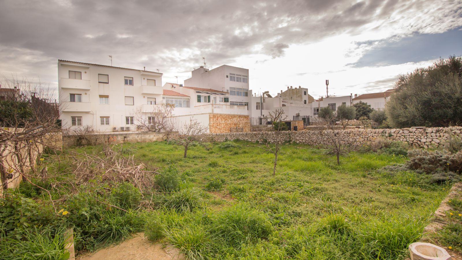 Casa en Sant Lluís Ref: HS2428 25
