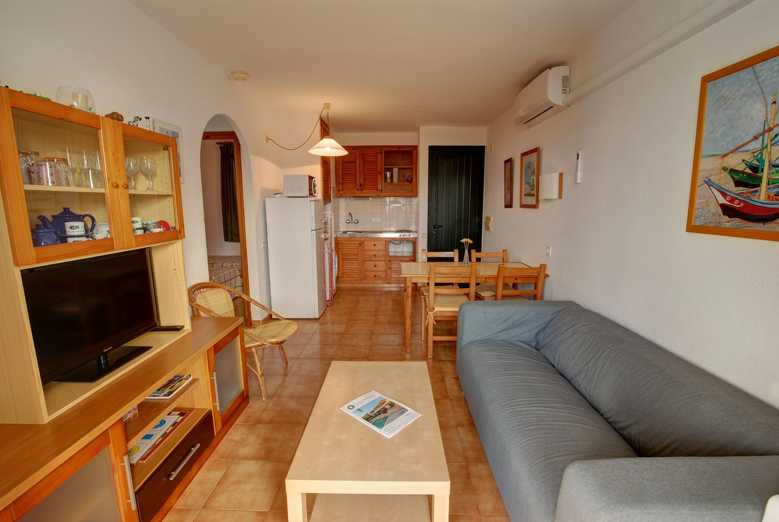 Apartment in Arenal d'en Castell Ref: H2451 5