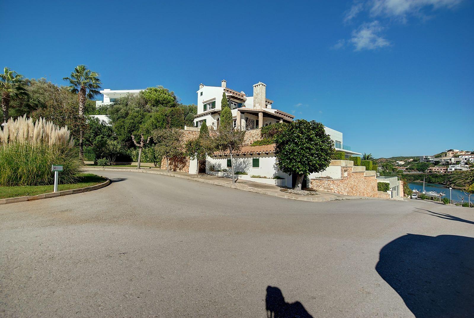 Villa in Cala Llonga Ref: H2514 2