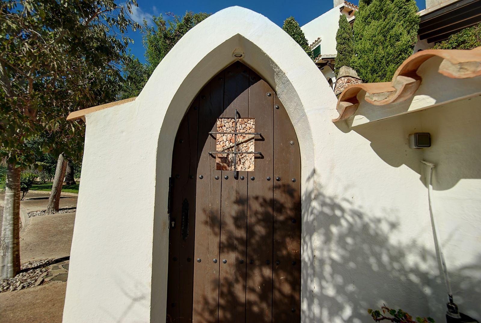 Villa in Cala Llonga Ref: H2514 30