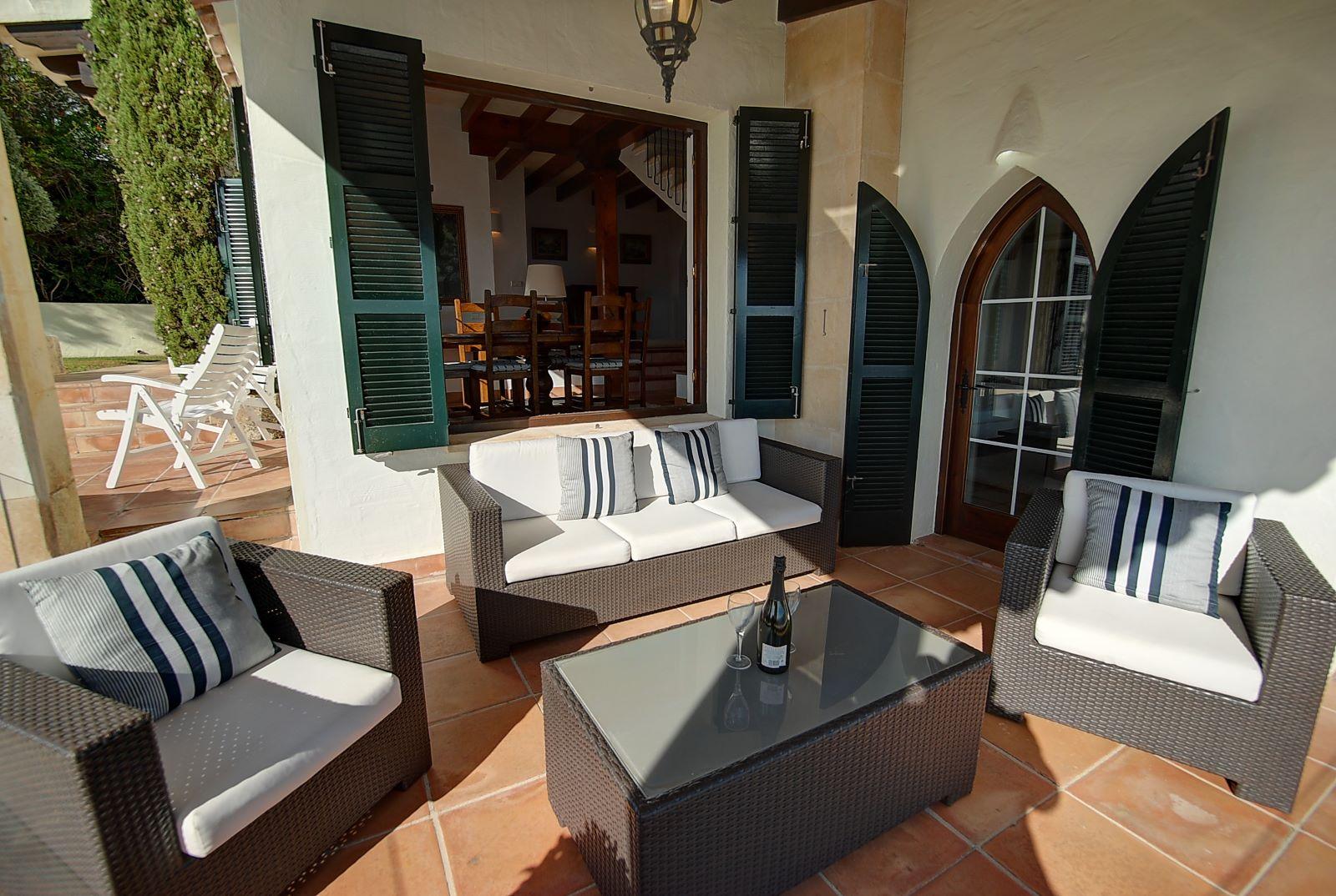 Villa in Cala Llonga Ref: H2514 26