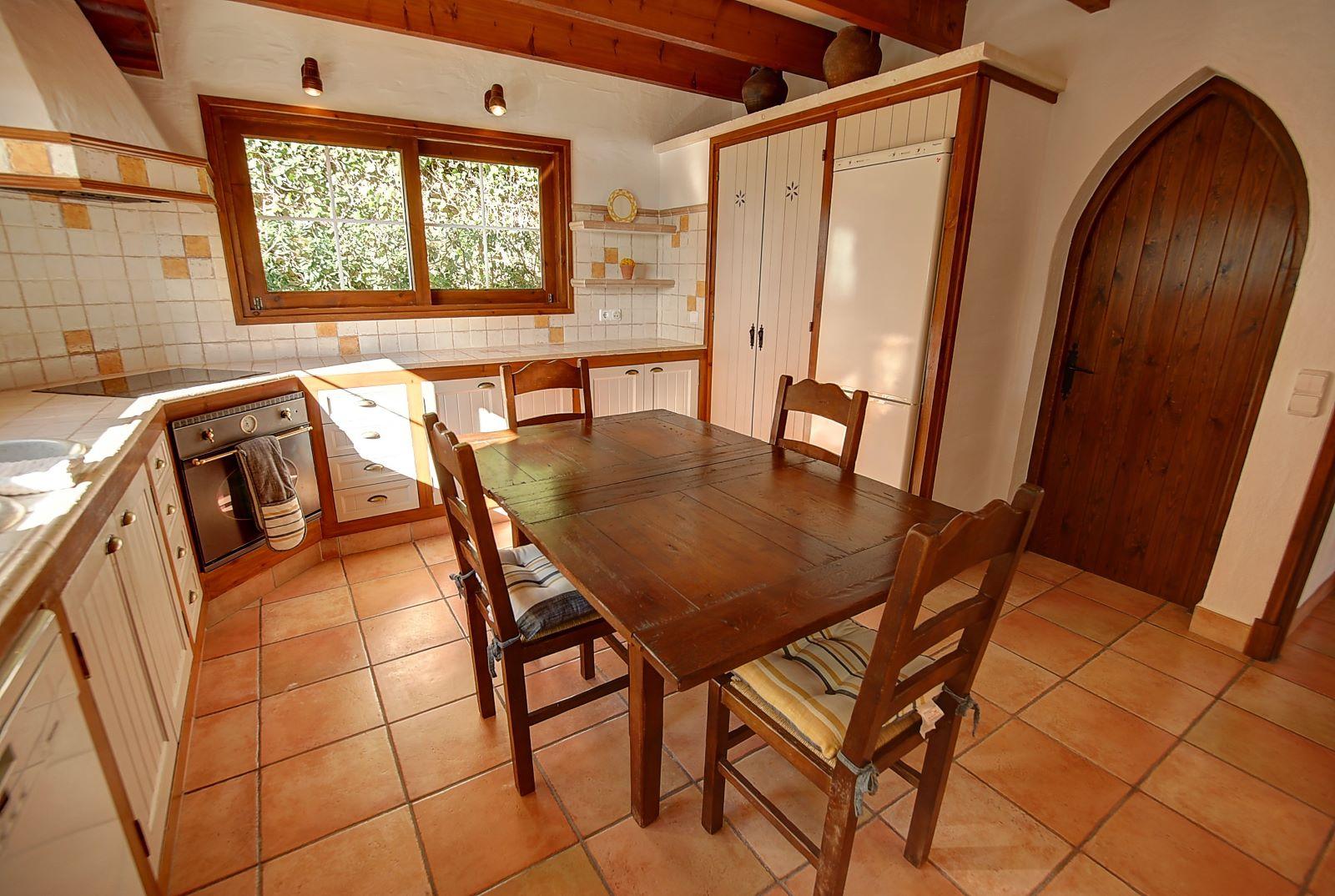Villa in Cala Llonga Ref: H2514 11